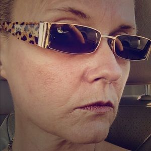 Dolce and Gabana authenticate sunglasses fromItly